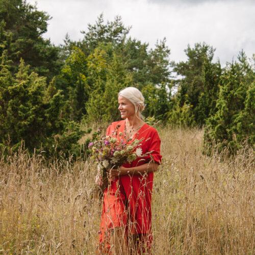 kaire miiter brändijuht magrada organic cosmetics eesti looduskosmeetika põhjamaine ilu nordic estonian natural skin care brand hair care rabarberi juuksemask juuksehooldus